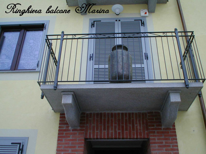 parapetto balcone in ferro battuto