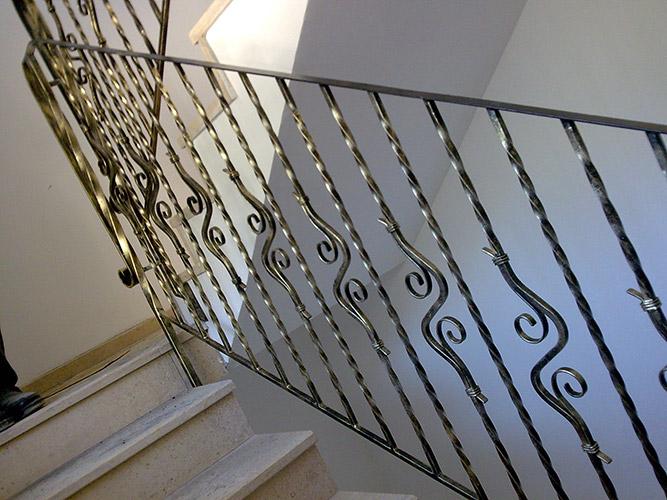 parapetto scale in ferro battuto